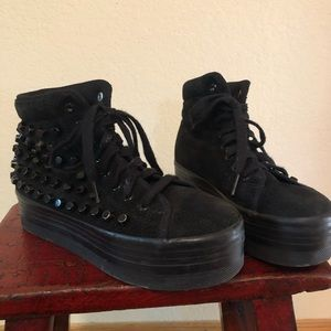 JEFFREY CAMPBELL STUDDED SNEAKERS SZ8